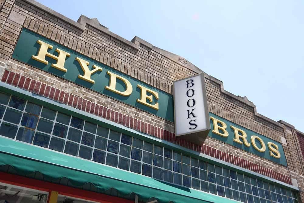 Hyde Brothers Booksellers 01